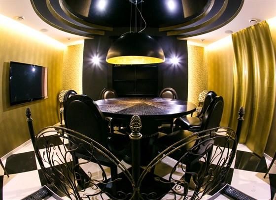 Ресторан Бирмания - фотография 4 - VIP ЗАЛ Бирмания