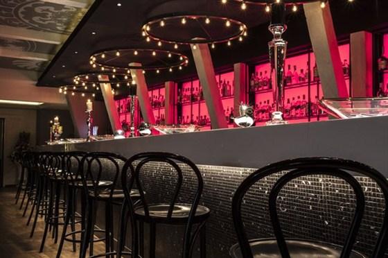Ресторан Река - фотография 2 - клубный бар