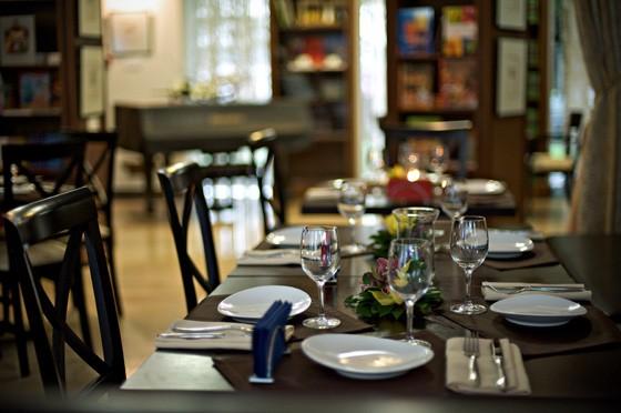 Ресторан Barbar - фотография 1 - Классический зал (верхний уровень-зона для некурящих)