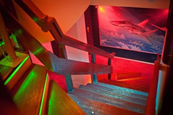Ресторан Авиатор - фотография 9 - Интерьер клуба