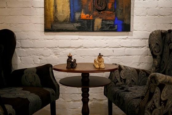 Ресторан Whisky Rooms - фотография 8 - библиотека