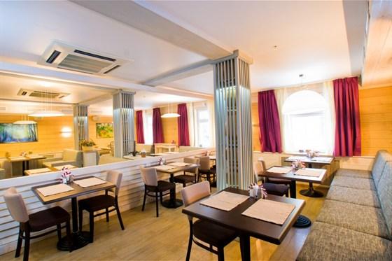 Ресторан Морошка - фотография 14