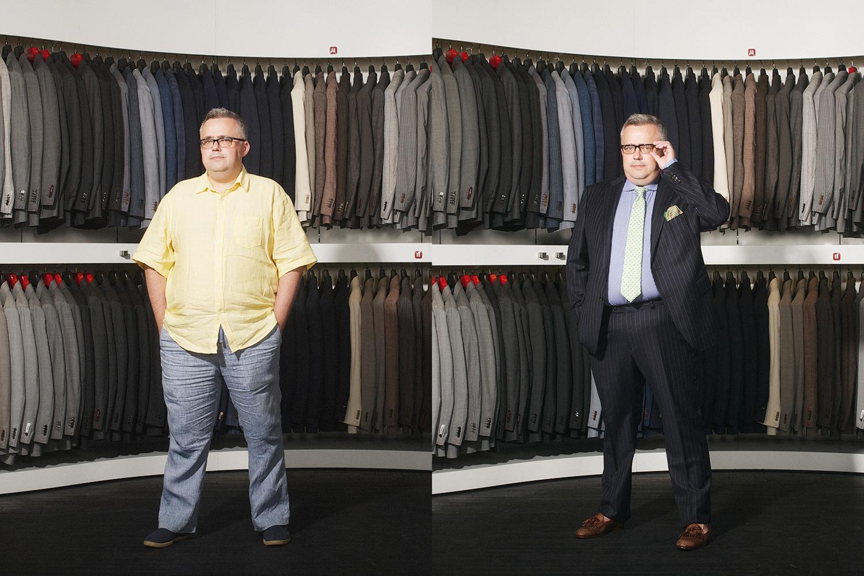 Справа: костюм, 20 800 р., лоферы, 16 400 р., рубашка, 2 600 р., галстук, 2 900 р., все Suitsupply