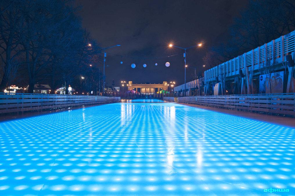 Фото каток в парке Горького