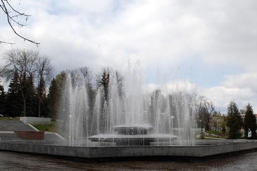 Фото фонтаны в парке Матросова