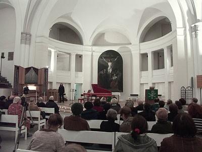 Фото евангелическо-лютеранская церковь Святых Петра и Павла