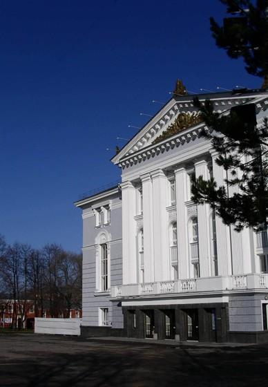 Фото пермский театр оперы и балета им. Чайковского