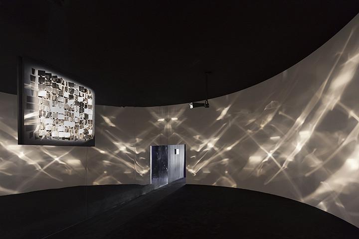 Инсталляция Хулио Ле Парка