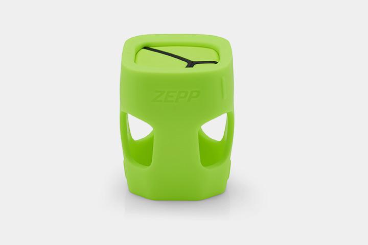 Маленький сенсор Zepp для теннисной ракетки фактически замена живому тренеру. И кричать не будет