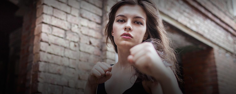 Картинки лиц девушек с пистолетом