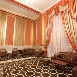 """Ресторан Стамбул - фотография 2 - Фойе зала """"Императорский"""""""