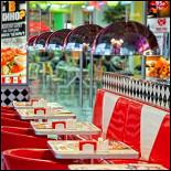 Ресторан New York Pizza - фотография 3 - Новый ресторан New York в ТРЦ Фантастика (Родионова, 187. 2-й этаж, слева от зоны фуд корта). Открыт с 23 сентября 2011 года