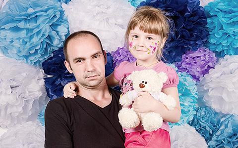 «У нас царит казарменная романтика»: каково быть отцом-одиночкой в России
