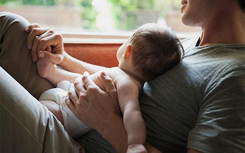 Школа пап: как мужчин учат быть хорошими отцами