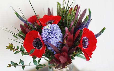 Где заказывать цветы на День святого Валентина, 8 Марта и прочие праздники