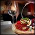 Ресторан Emporio café - фотография 9 - Красный сет состоящий из мясных закусок и бутылки красного вина Кьянти (Chianti)