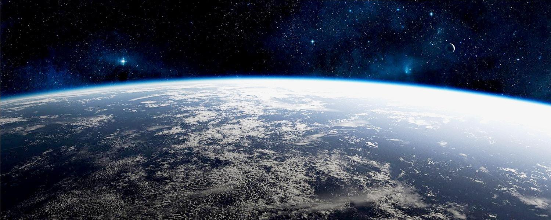 «An Astronaut's Guide» Криса Хэдфилда: что не показали в «Гравитации»
