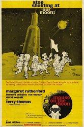 Постер Мышь на Луне