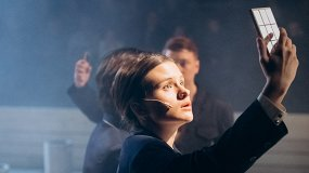5 спектаклей, которые обещают русским прекрасную жизнь к 2020 году или чуть позже