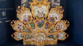У камелька императрицы. Каминный экран Большого петергофского дворца