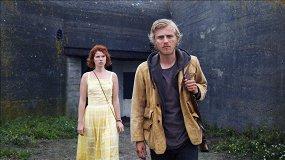 Трейлер «Зверя»: любовь и серийный убийца на острове в Нормандии