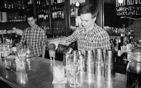 Как открыть свой бар в Москве