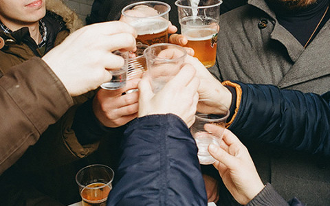 Пей, и дьявол доведет тебя кое-куда: главные заблуждения об алкоголе