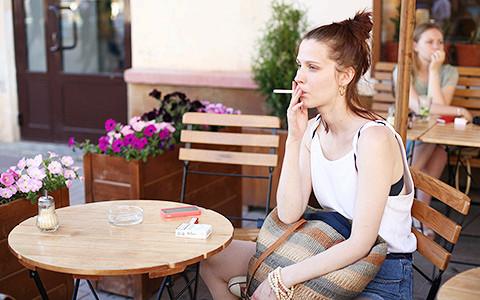 Как уходить от запрета на курение: советуют рестораторы