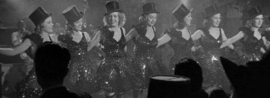 Кино: «Танцуй, девочка, танцуй»