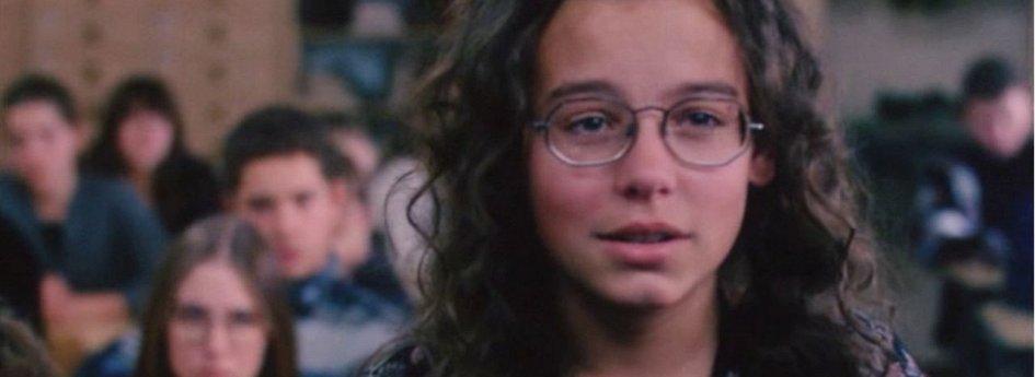 Кино: «Девочка никто»