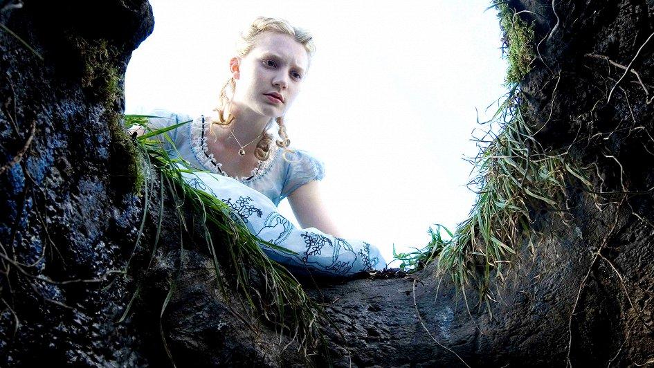 07bc18b6f94b Алиса в Стране чудес (США, 2010)  дата выхода, трейлеры и тизеры, актеры,  кадры со съемок фильма – Афиша-Кино