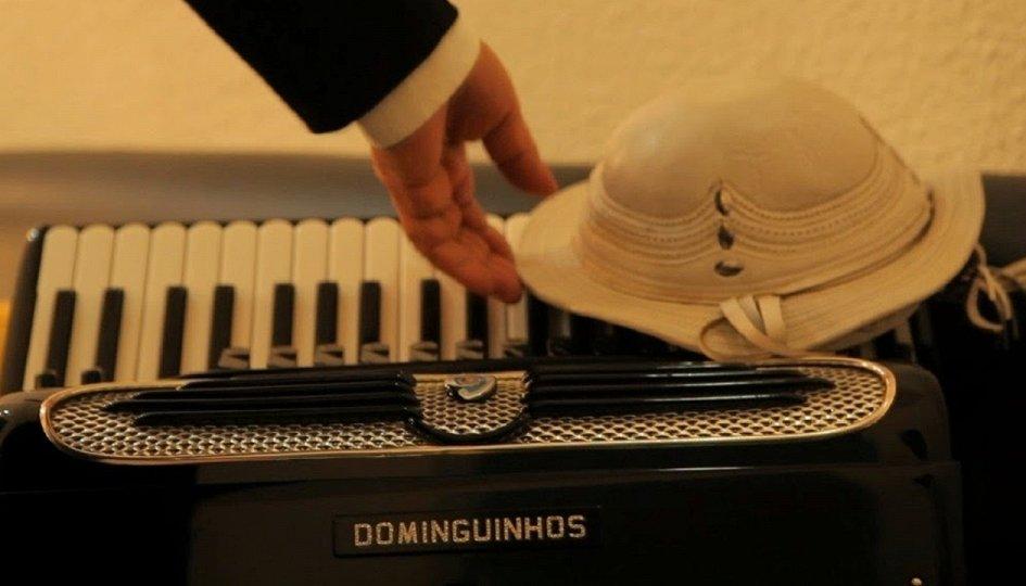 Кино: «Домингиньос»