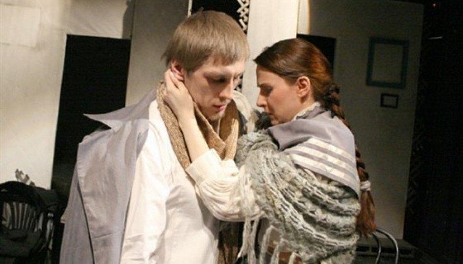 Театр: Право на любов