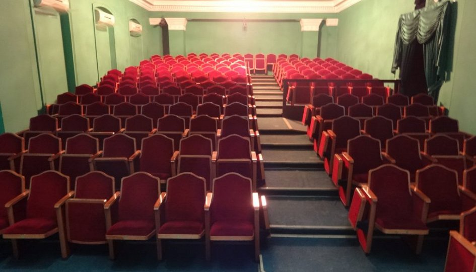 Театр: Тетки, Волгоград