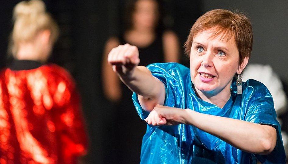 Театр: 150 причин не защищать Родину, Москва