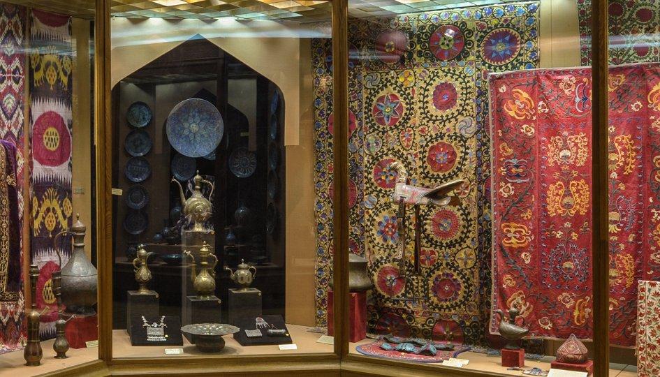 Выставки: Декоративно-прикладное искусство Средней Азии и Казахстана XVIII–XX веков