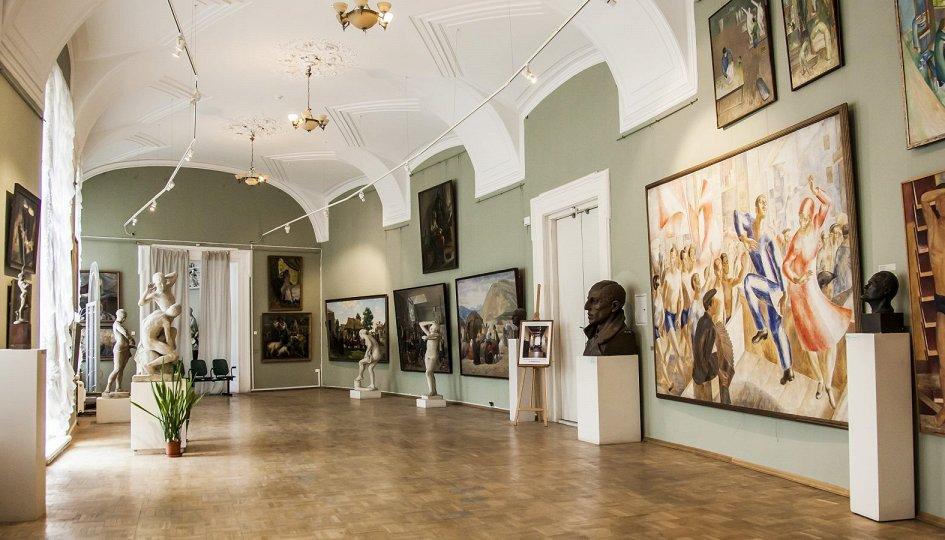 Выставки: Академичeский музеум