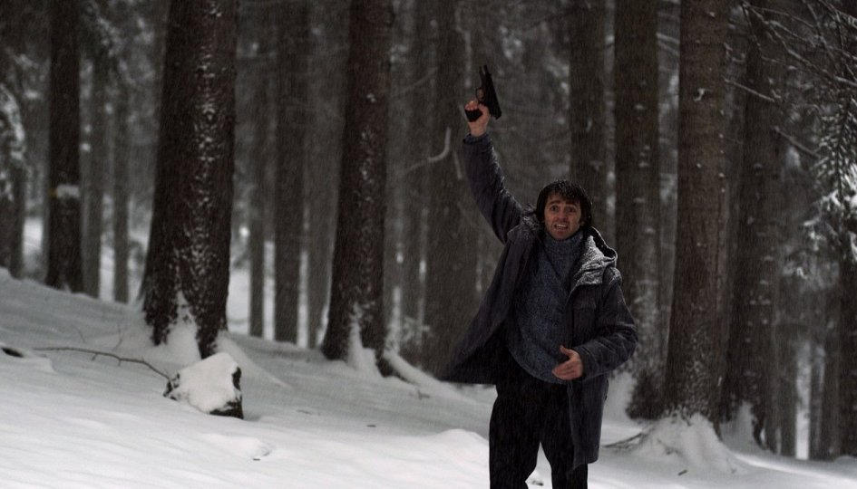 Кино: «Белый снег»