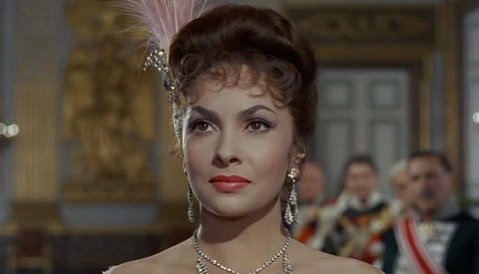 Кино: «Самая красивая женщина в мире»