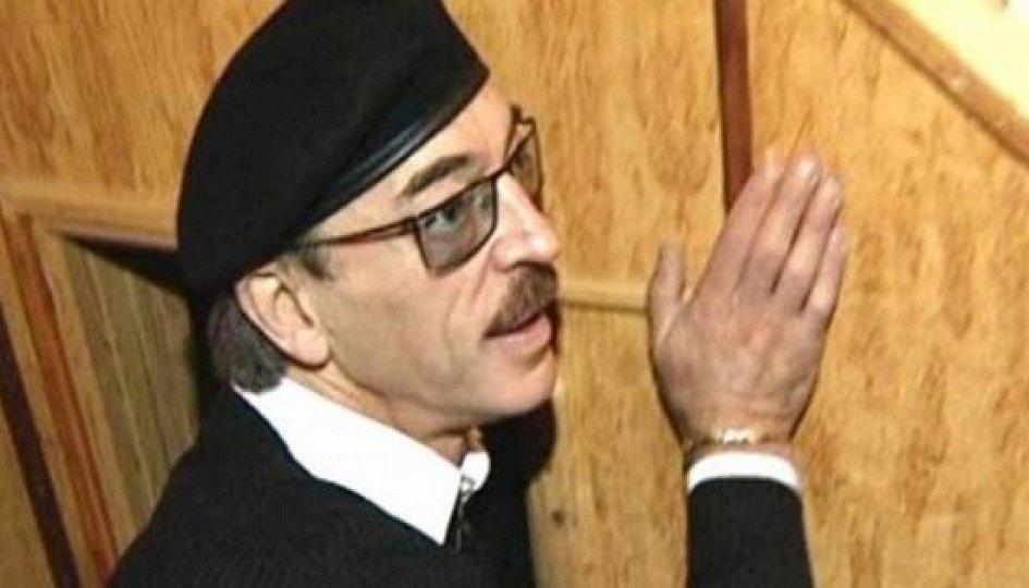 Кино: «Михаил Боярский. Усы и шляпа — вот мои документы»