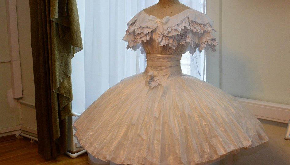 Выставки: Большой балет в библиотеке