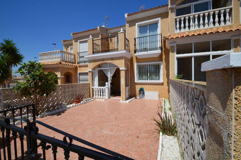 Дешевая недвижимость в испании дома