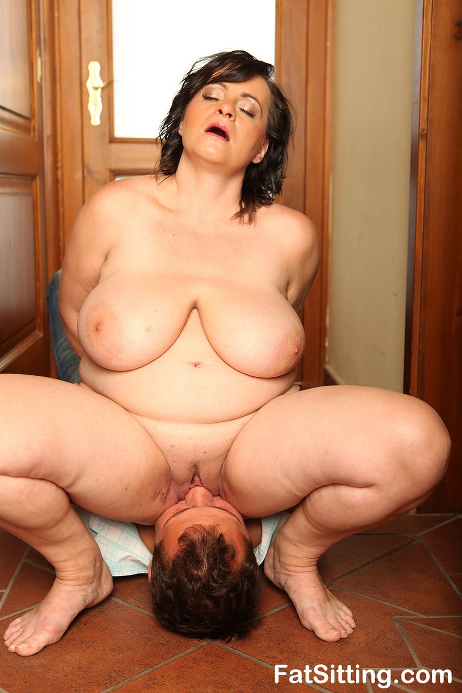 Galleries Bbw Face Sitting