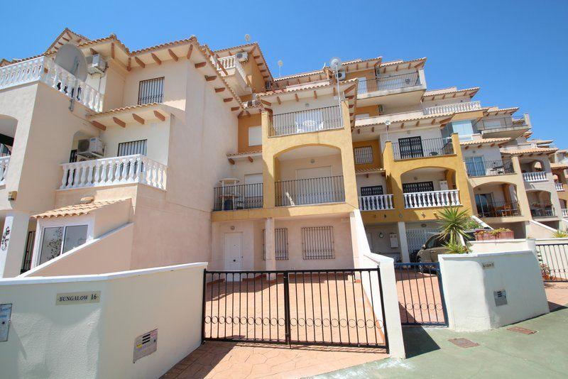 Недвижимость в кампоамор испания