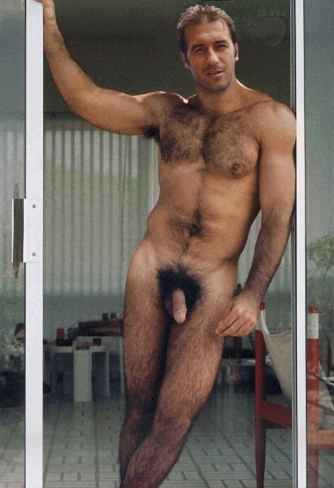 men erican hairy very naked