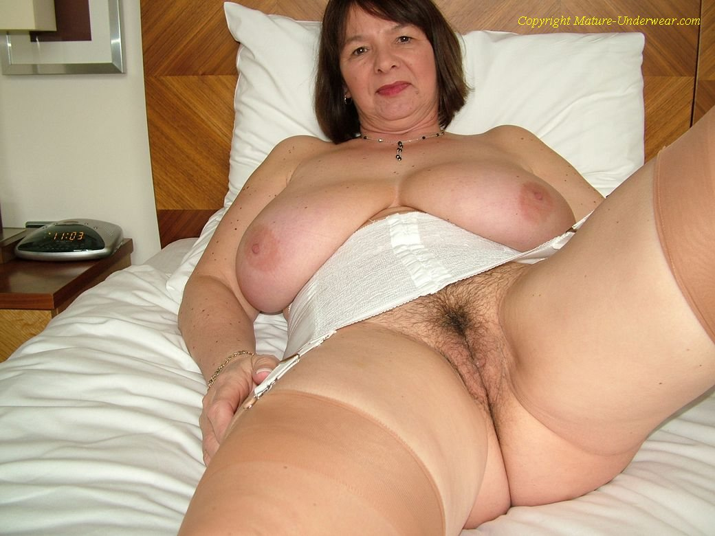 Can bbw mature granny stockings