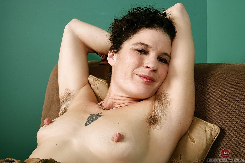 Free naked pictures penetration