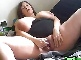 Phat pussy granny squirting