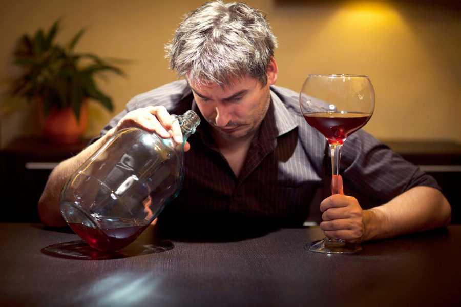 Как выйти с запоя при помощи пива