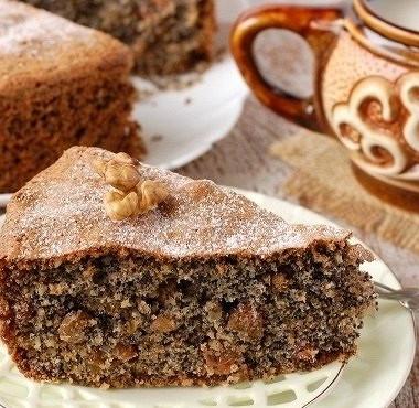 Рецепт Быстрый пирог сорехами иизюмом